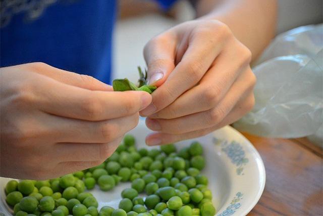 調理中のグリーンピース