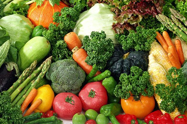 緑黄色野菜を集めた画像